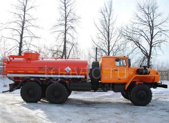 Автотопливозаправщик АТЗ-10 Урал 432007